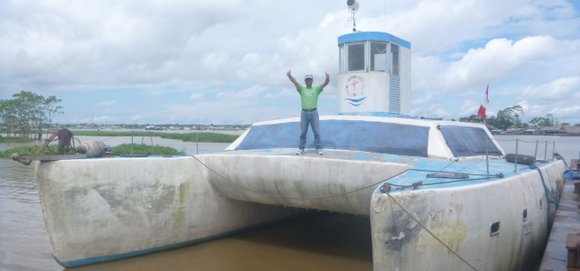 IMPORTACIÓN DE NUESTRA LANCHA MÉDICA/Missionary boat importation (VIDEO)